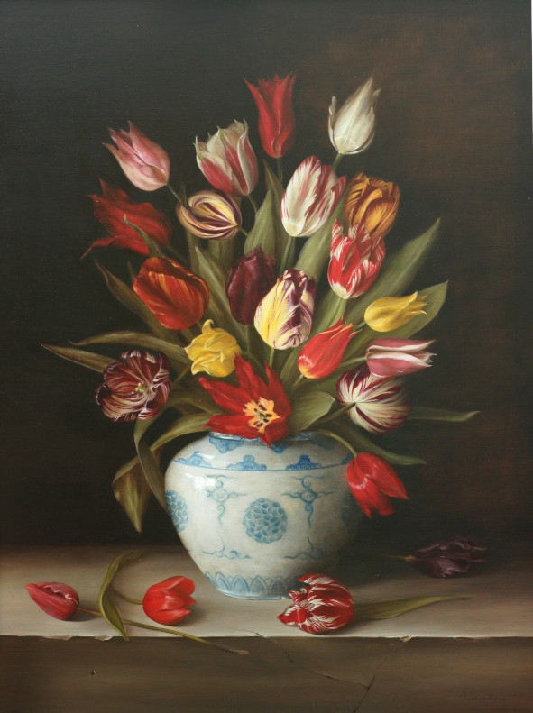 Dutch heritage tulips 16 to 19 C by Tanja Moderscheim